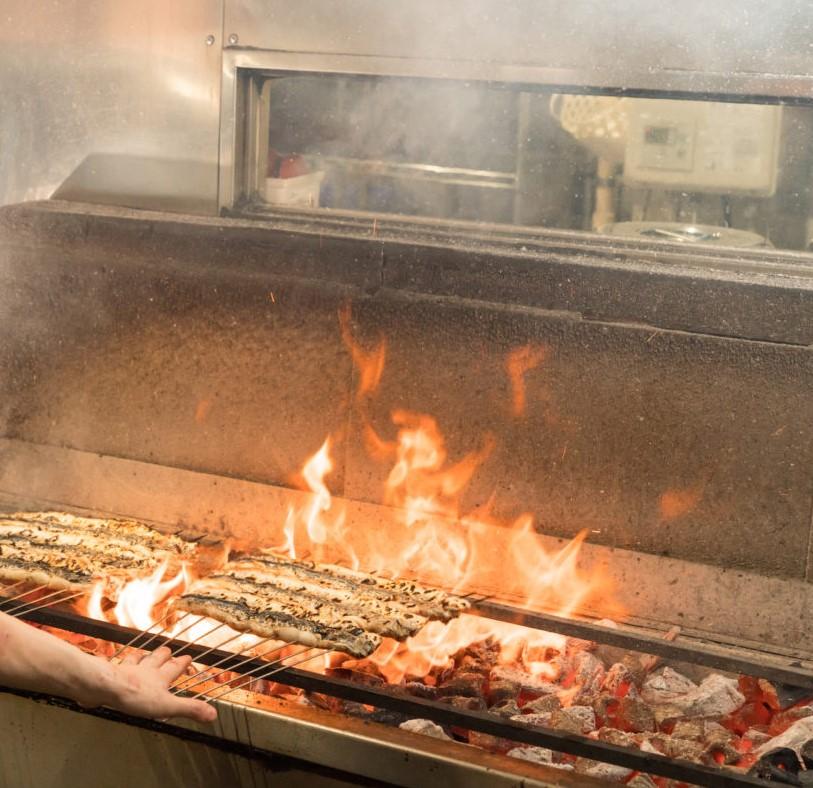 有楽町の和食料理店・炭焼 うな富士の希少なうなぎを使用したひつまぶし